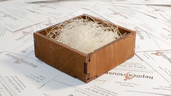 Футляр деревянный для украшений