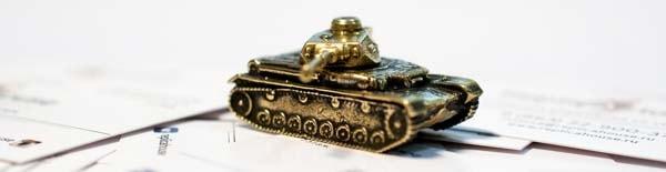 Модель танка из бронзового сплава