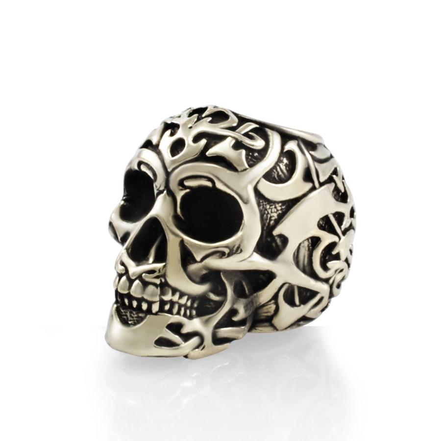 Шарм Tribal skull из мельхиора