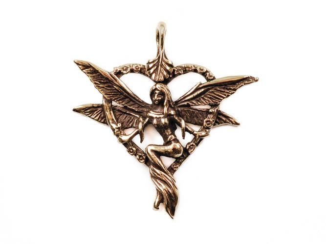 Фэнтези Луридан Фея в сердечке кулон RH-1428.jpg