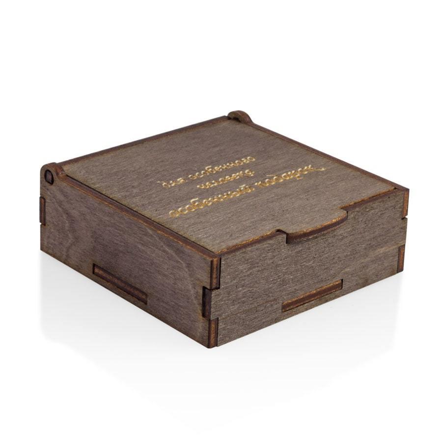Рекомендуем купить (корзина) Футляр подарочный futlyar-podarochniy-foto-na-belom-fone-3-900-900.jpg